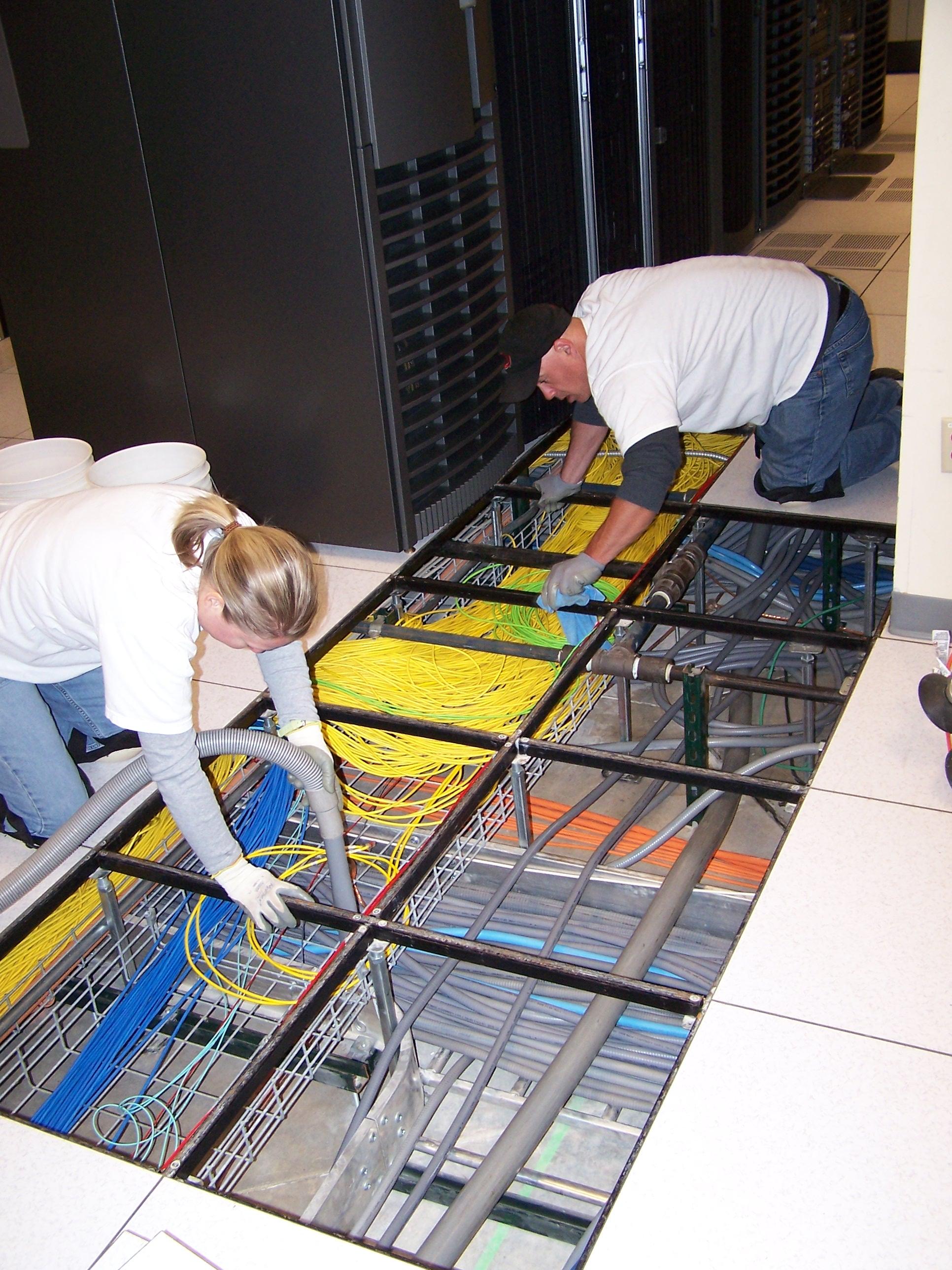 Data Center Cleaning Best Practices Datacentersolutionsinc